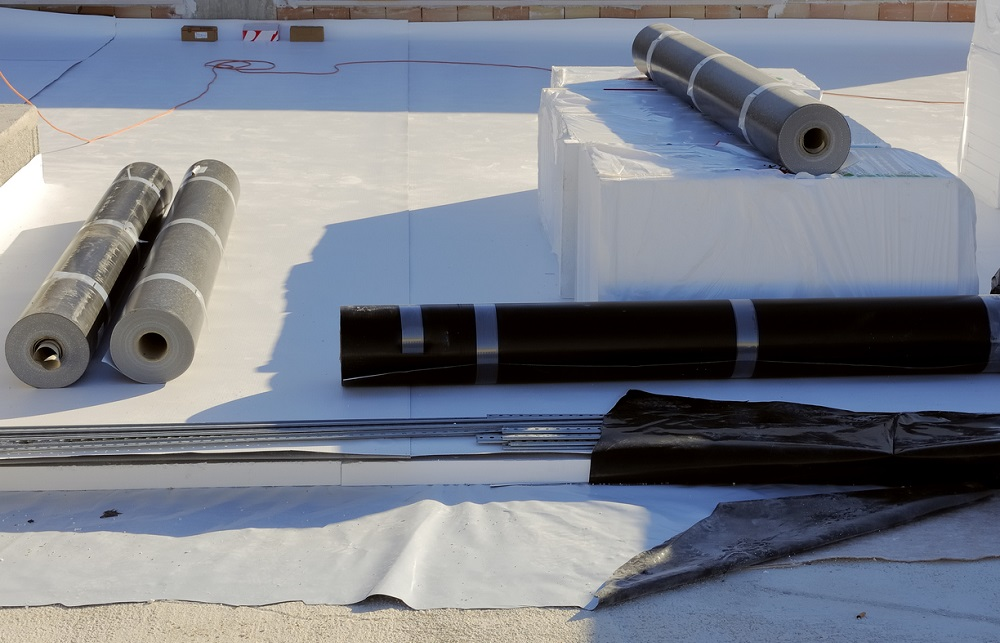 6 caractéristiques et avantages des toitures en EPDM